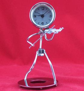 musician pattern iron art clock